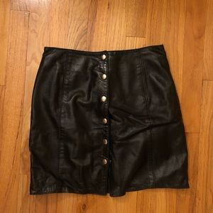 Vintage Cache leather buttoned mini skirt